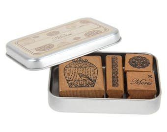 Wooden stamps in 4 vintage style designs with tin box