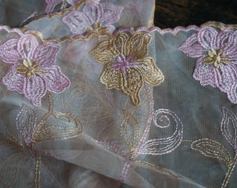 97cm x 22 cm Ref 2407Z embroidered tulle lace
