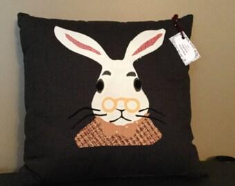 Rabbit pillow, rabbit cushion, bunny pillow, bunny cushion, Applique Cushion,Animal Pillow,animal cushion