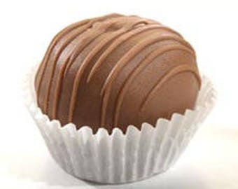 Peanutbutter Cake Cheesecake Truffles
