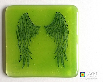 Green Angel wings coaster, green and blue, fused glass, home decor, interior design details, gift for her, angelic gift, Archangel Raphael