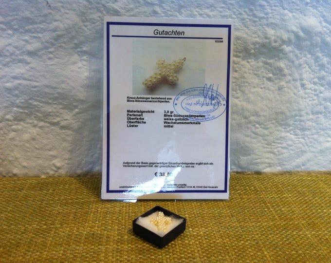 vintage freshwater bubble cross pendant