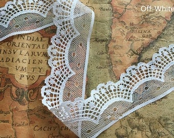 Vintage Off-White Lace Trim 1.37 Inches Wide 1 Yards/ Craft Supplies, WL842