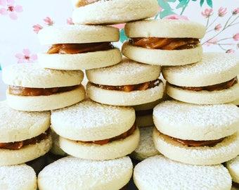 Alfajores/ alfajores/ cookies/alfajor/cookie/homemade/gourmet/Christmas cookies/cookies/home made cookies/home made/ dulce de leche/