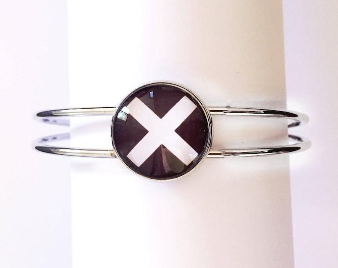 The 'X Marks The Spot' Glass Cuff Bracelet