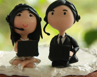 Chibi Wedding Cake Topper Gamer couple players Anime Couple Bride and Groom Figurines Wedding Centerpiece Wedding Decoration ps3 ps4 xbox