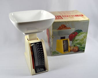 Vintage Metric Food Scale, Weighs in Grams, Effem Fit Kitchen Scale 535