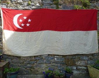 Super Singapore Vintage Flag. Old Ship's Flag. Maritime Decor