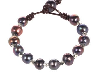 Hand made friendship bracelet - pearl leather woven bracelets - purple pearl bracelet - bridesmaid bracelet