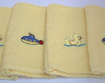 Bath Mittens & Hooded Towel