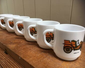 Set of six Vintage Car Arcopal coffee cups  , French Cuisine.