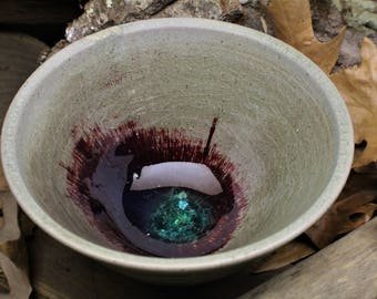 Decorative Red Crystal Bottom Bowl
