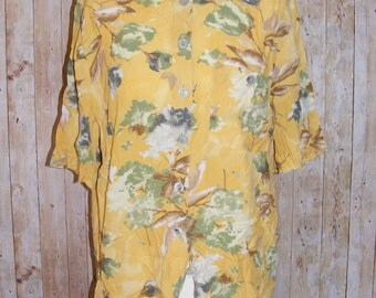 Size 14 vintage 80s loose fit short sleeve blouse yellow floral print (HM75)