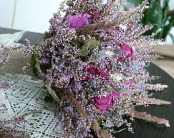 Bridal bouguets, dried flowers, dried bouguets, Bouquet of heather and pioni.