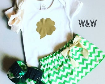 Toddler girl St. Patrick's Day outfit, girls St. Patrick's Day outfit, childrens clothing, green irish outfit, shamrock outfit, green chevro
