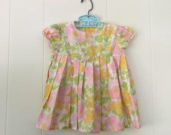 1960's pink yellow green floral pleated puff sleeve dress - size 2t
