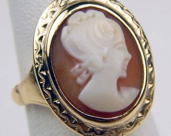 14k gold carved shell cameo ring #10217