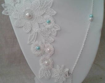 Necklace lace white flower and Pearl