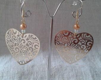 engraved gold heart earrings