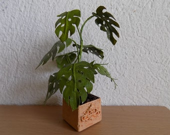 Dollhouse Miniature, Dollhouse Plants, 1:12 scale,  Miniature Plants, Dollhouse Accessories, Monstera Plant, Desk Accessories