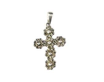 Beautiful Vintage Sterling Silver Floral Design Cross Pendant