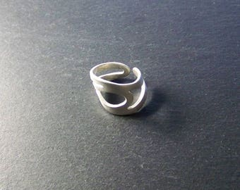 wave 4 ring in Sterling Silver