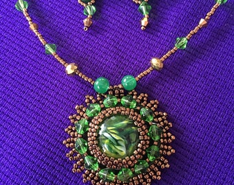 Green bead embroidery necklace