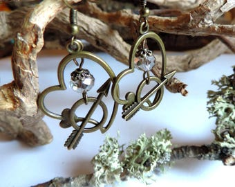 """""""Les amoureux"""" Earrings: ornate heart, arrow and transparent faceted glass beads."""