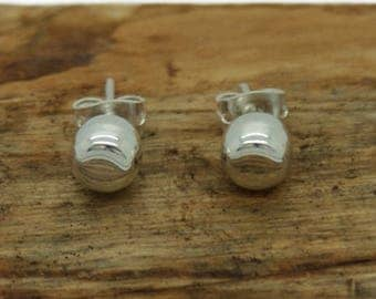 Sterling Silver Classic Round Bevelled Earrings (M1)