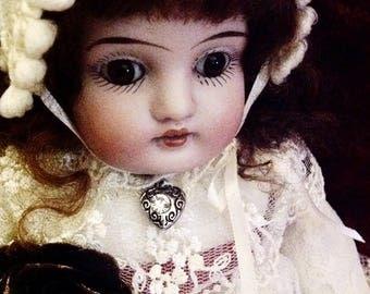 Adorable Tiny Antique Johannes Kestner Doll