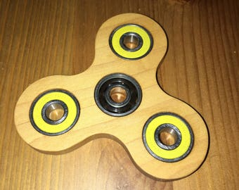Hand Spinner - Genuine Maple, Yellow Bearing Build