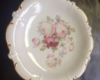 Beautiful antique rose plate w gold leafing by Schumann,Arzberg, Germany.