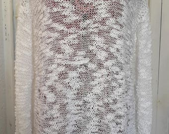 Pullover style white cloud