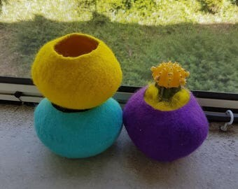 Set of 3 jars felted purple, blue, yellow