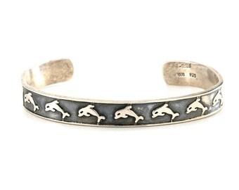 Taxco Sterling Silver Dolphin Cuff Bracelet, Vintage Taxco Jewelry, Dolphin Jewelry, Ocean Jewelry, Beach Jewelry, Bohemian Handmade Jewelry