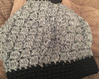 Messybun/ponytail hat