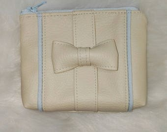 coin purse beige imitation leather and piping bow