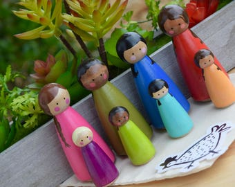 Rainbow Multicultural Peg People Set, Toddler Toy, Pretend Play, Learning Toy, Family Peg Dolls, Girl Peg Dolls, Girls Toys, Wooden Toys