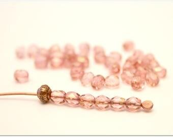 40 beads pink iridescent, faceted, 4mm, Czech glass beads