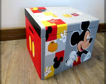 """Mickey Mouse"" toy box"