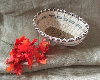 Hand Woven Large Bread Basket Sealed Natural Reeds! Beautiful Dyed Green Peach Brown Reeds and Fantaicaicaly Put Together Free Shipping!