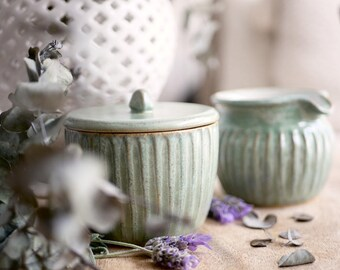 Mud Stroke Milk Jug and Sugar Pot set in Green Tea