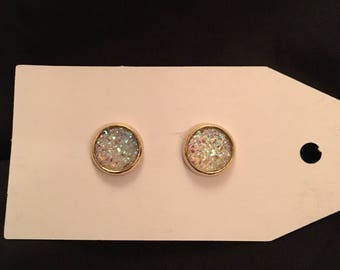 Sarah 10mm Sparkly Clear Flat Druzy in Gold setting