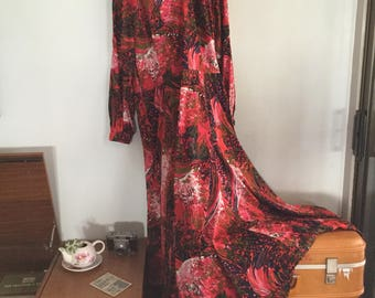 Vintage 1970s maxi dress with scarf/belt