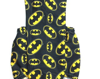 Batman, batman romper, Baby superhero romper, baby girl clothes, baby romper, photography prop, Baby Boy, Marvel Romper, Birthday Outfit