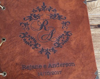 Personalized Intials With Wreath  Photo Album /Wedding gift/wedding photo album/wedding Scrapbook
