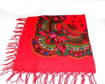 Red gift wife Russian floral scarf Ukraine scarves Shawl wool Floral vintage shawl Wool floral scarf Red kerchief Ukraine style Chale Russe