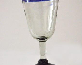 Blue wine glass Rim handblown