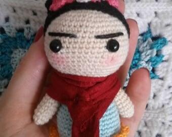 Amigurumi Frida Kahlo, Frida Kahlo, Viva la Vida, surrealism, Amigurmi doll, crochet doll, crochet, crochet,