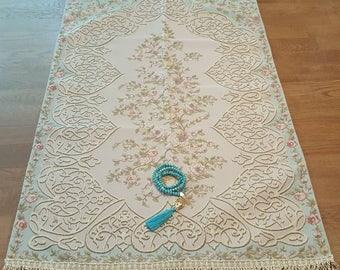Royal Sejadah - Prayer Mat - Prayer Rug - Janamaz - Elegant, High Quality, Luxury - A Unique Islamic Gift Set - %100 Satisfaction Guarantee